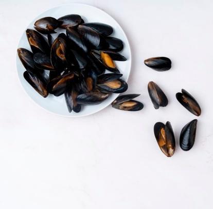 Мидии в/м 40/60 в раковине,1кг (5 кг/кор)